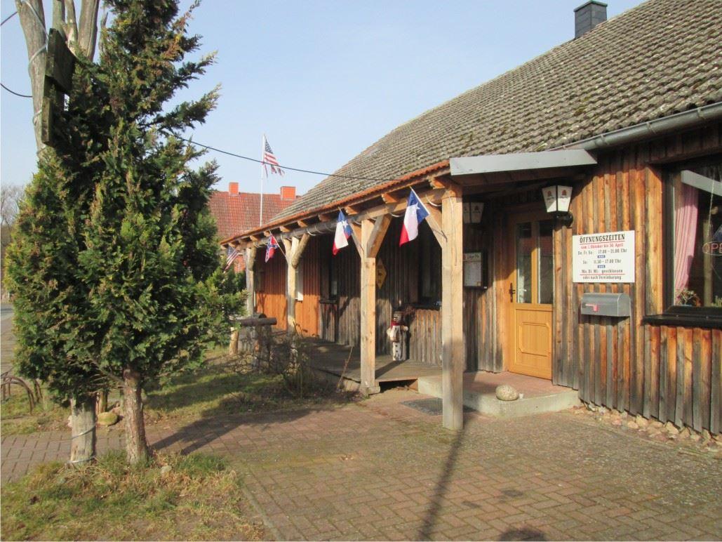 Kukuk Saloon